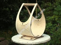 Teardrop log basket