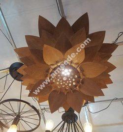 Lotus-shaped chandelier