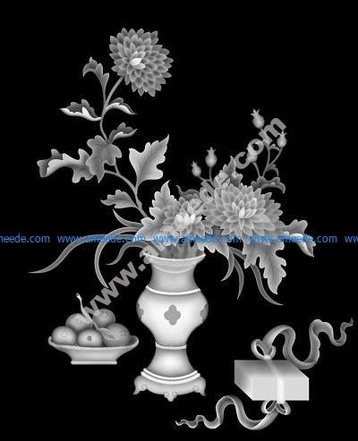 vase of dahlia flower
