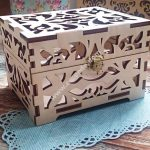 jewelry box with lock