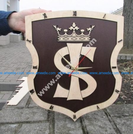 Royal style wall clock