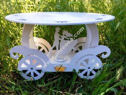 carriage stand for cake