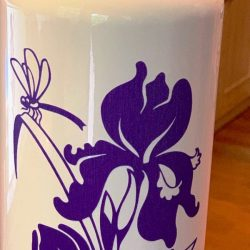Orchid design pattern on the cup