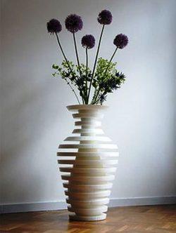 Decorative round vase